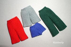 Вязание крючком штанишек для кукол 35
